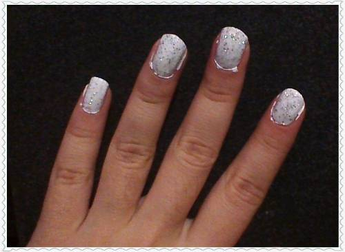 Wait Again For It To Dry And Then Ly A Thin Coat Of The Glitter Polish Give Your Snow That Shiny Look If You Re Ing Clear